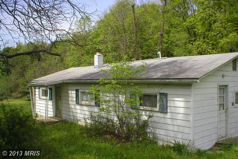 3 POSSUM HOLLOW LAW ROAD, MAYSVILLE, WV 26833