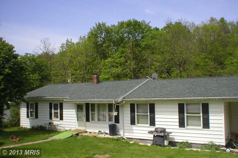 5 POSSUM HOLLOW LAW ROAD, MAYSVILLE, WV 26833