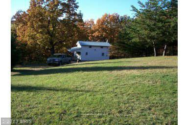 21.71 acres Cabins, WV