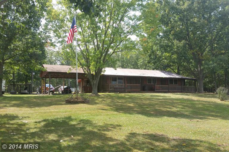 1789 Roby Rd, Maysville, WV 26833