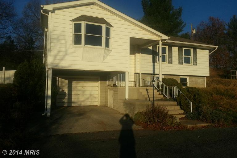 1025 Welton Orchard Rd, Petersburg, WV 26847