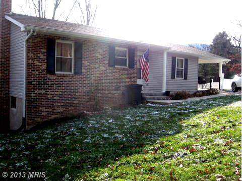 3404 Middle Cove Rd, Mathias, WV 26812
