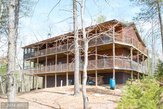 191 Mountaintop Dr, Mathias, WV 26812