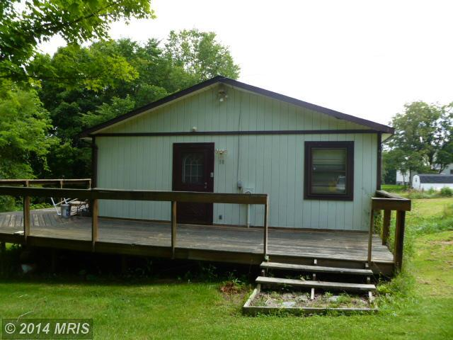 58 Lost City Dr, Lost City, WV 26810
