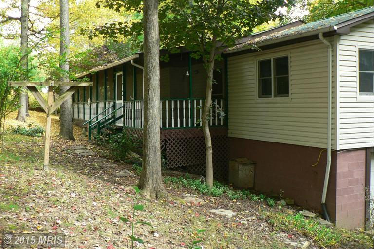 40 Oak Rdg, Lost River, WV 26810