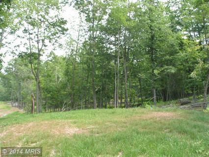 4.4 acres by Moorefield, West Virginia for sale