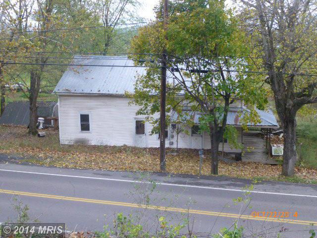 530 Winchester Ave, Moorefield, WV 26836