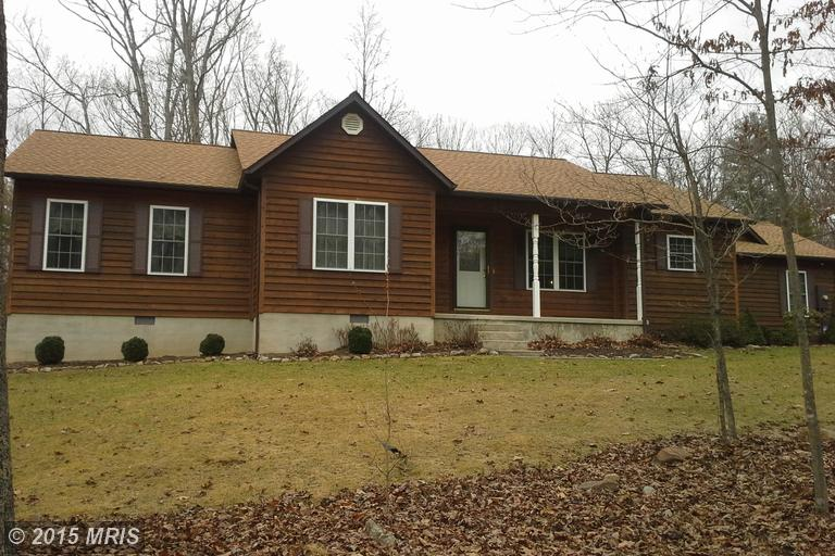649 Evergreen Farms Dr, Wardensville, WV 26851