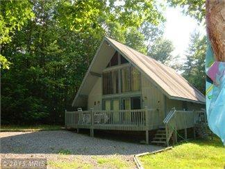 40 Greenery Dr, WARDENSVILLE, WV 26851
