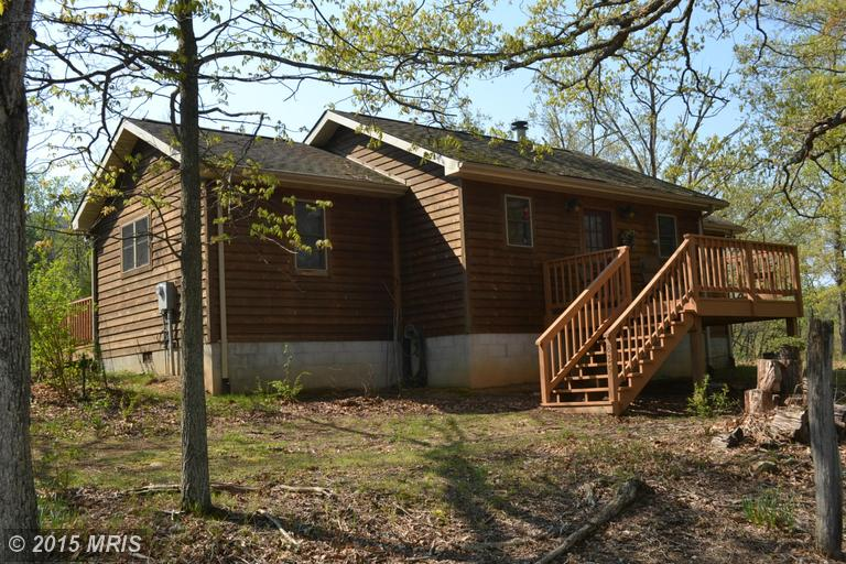 825 Meadow Ln, Lost River, WV 26810