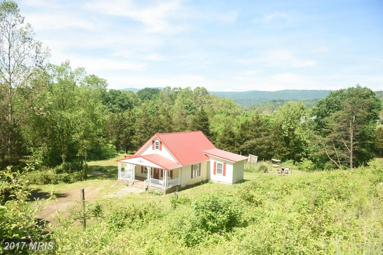 14 Whippoorwill Dr, Fisher, WV 26818