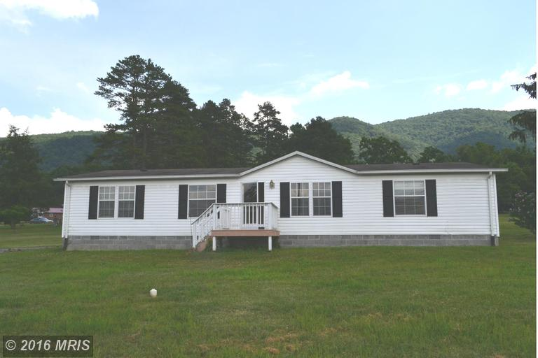 36 Southerly Dr, Moorefield, WV 26836