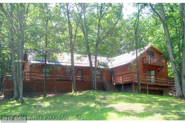 384 Hunting Ridge Rd, Mathias, WV 26812
