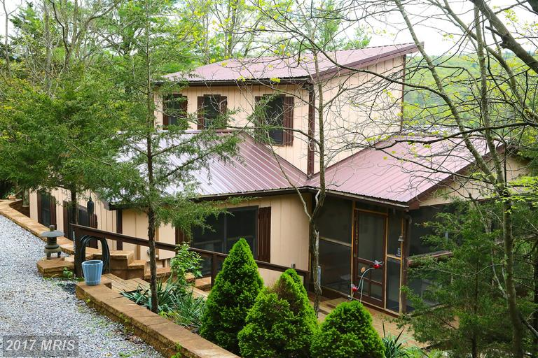 1420 Whispering Pines Way, Lost River, WV 26810