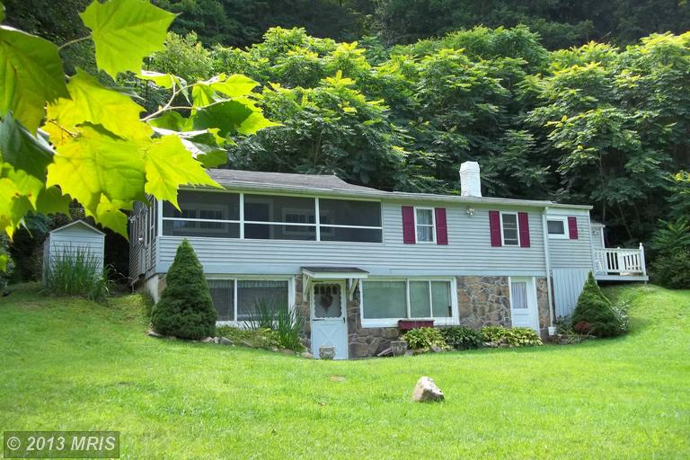Kilgore Rd, Great Cacapon, WV 25422