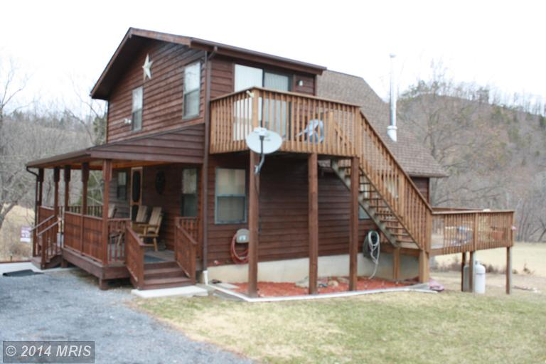 1039 River Bend Dr, Bloomery, WV 26817