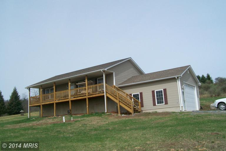 1213 Bethel Church Rd, Shanks, WV 26761