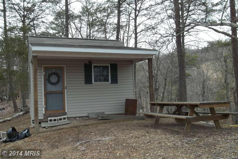 Cougar Hollow Rd, Romney, WV 26757
