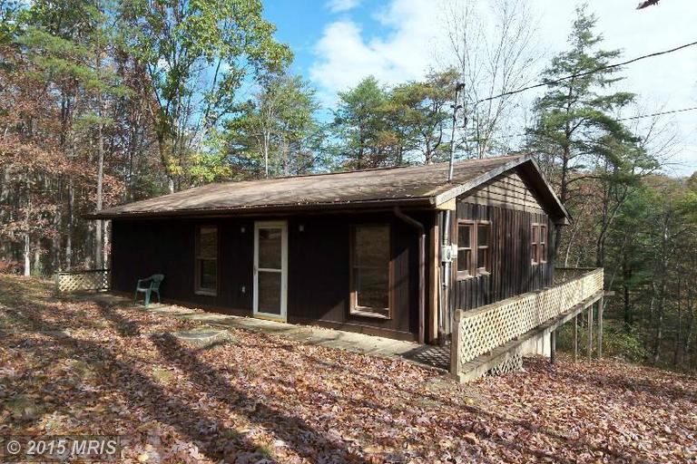 346 Mystic Mountain Blvd, Delray, WV 26714