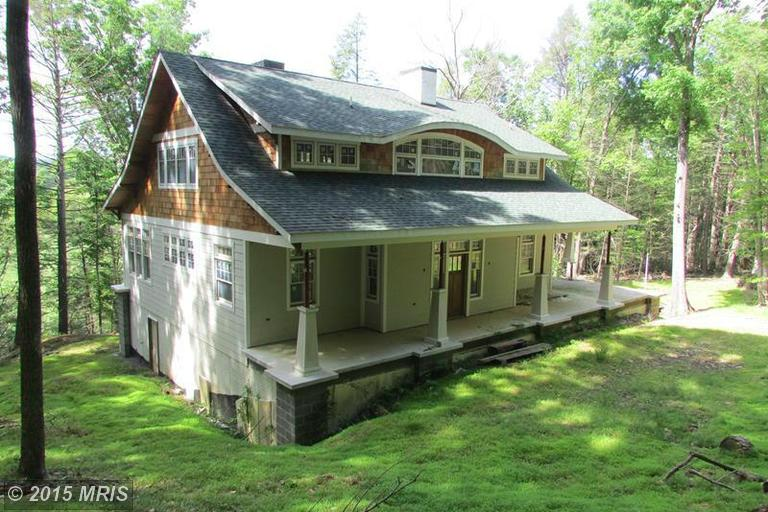 1329 Foxes Den Rd, High View, WV 26808
