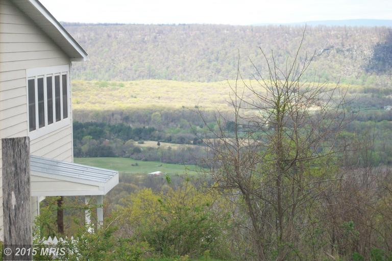 8.85 acres Levels, WV