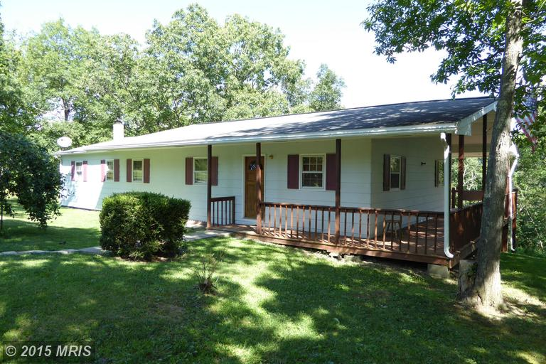 70 Lookout Dr, Augusta, WV 26704