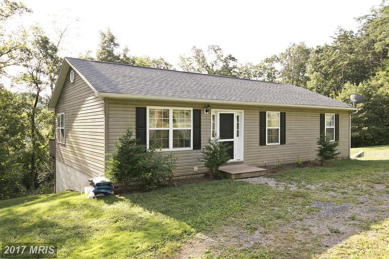 970 Hazel Ln, Augusta, WV 26704