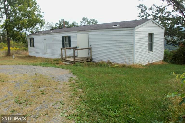 296 Lookout Dr, Augusta, WV 26704