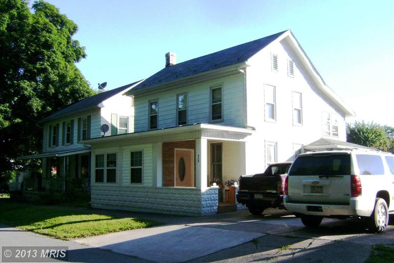 349 Water St, Orbisonia, PA 17243