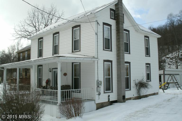 20064 Railroad St, Saltillo, PA 17253