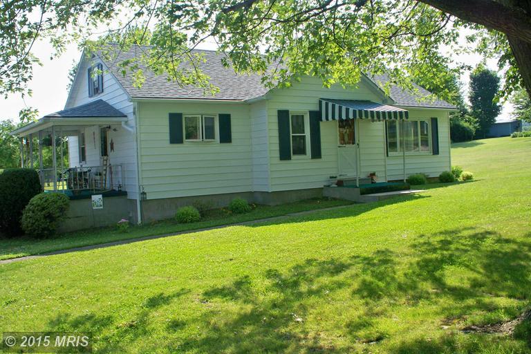 11821 Neelyton Rd, Shade Gap, PA 17255