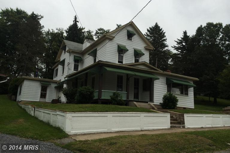 623 Cromwell St, Orbisonia, PA 17243