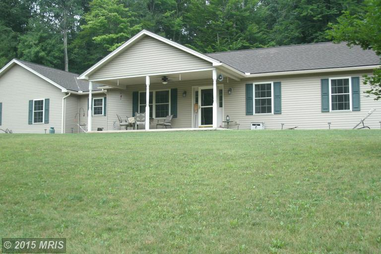 10 Andys Ln, Orbisonia, PA 17243