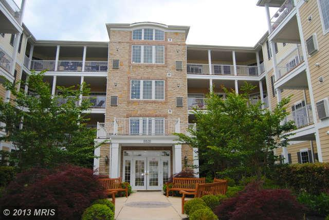 8820 Shining Oceans Way # 306, Columbia, MD 21045