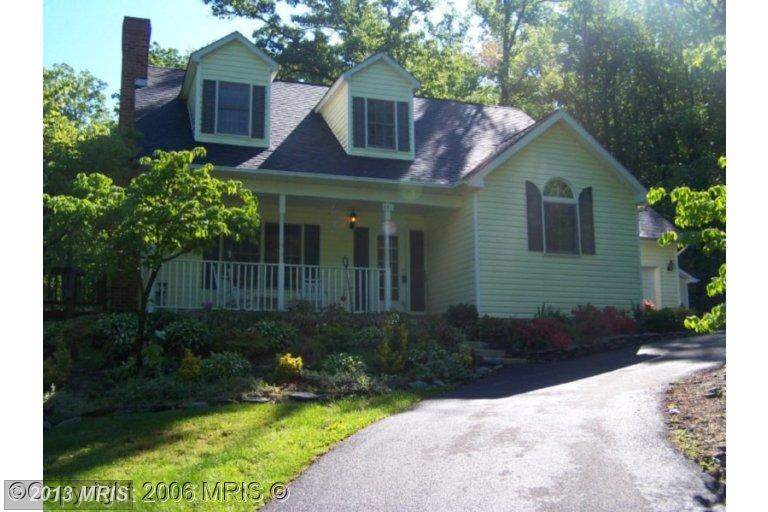 281 Ashland Woods Dr, Harpers Ferry, WV 25425
