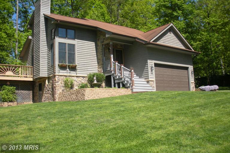39 Conifer Ct, Harpers Ferry, WV 25425