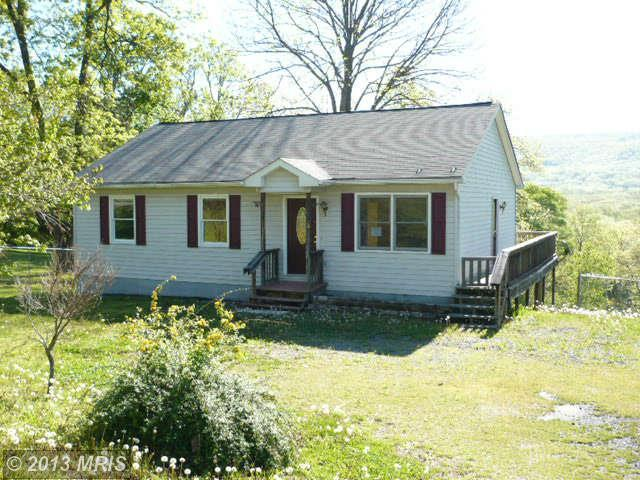 224 Mountainside Rd, Harpers Ferry, WV 25425