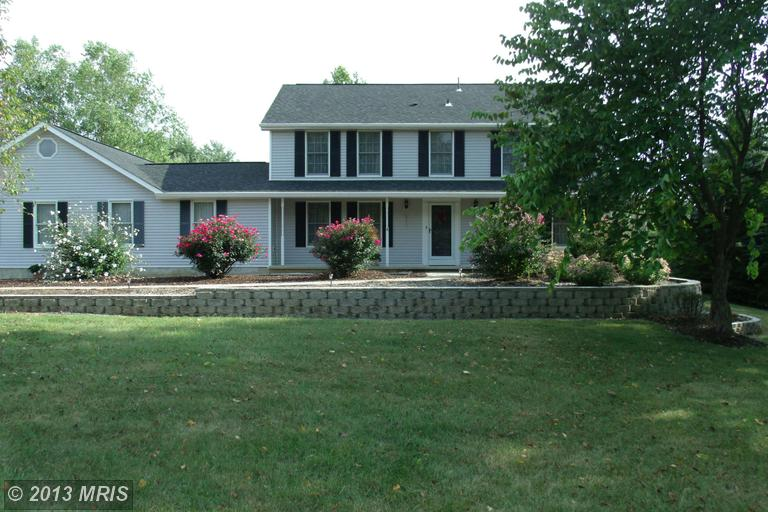 168 rock hall drive Charles town West Virginia 25414