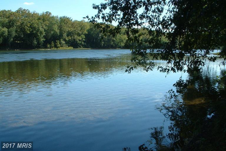 2507 River Rd, Shepherdstown, WV 25443