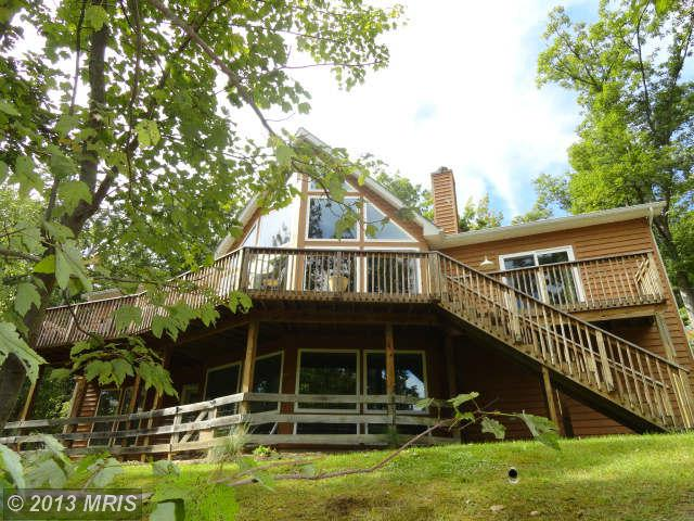 192 Lakeside Dr, Harpers Ferry, WV 25425