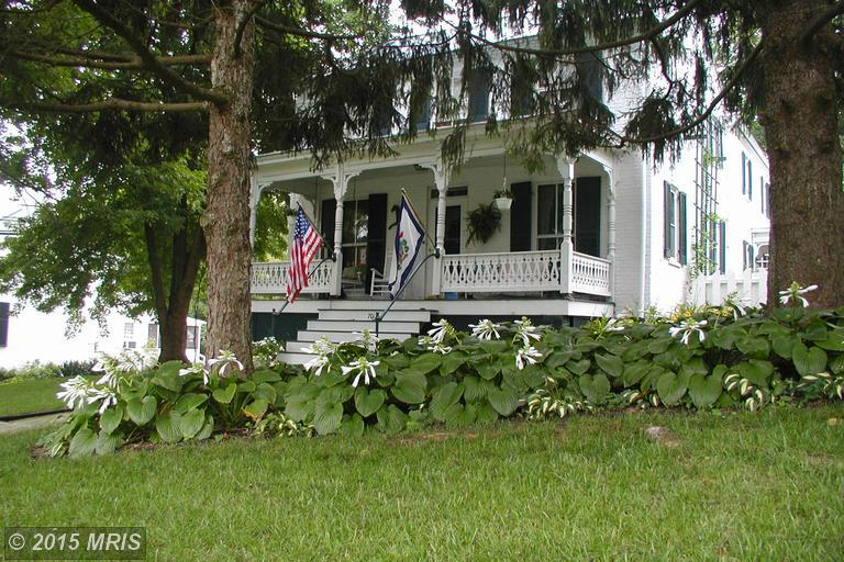 701 W Washington St, Harpers Ferry, WV 25425