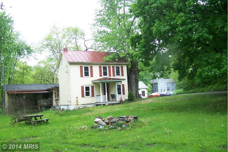 14 Melvin Rd, Shenandoah Junction, WV 25442