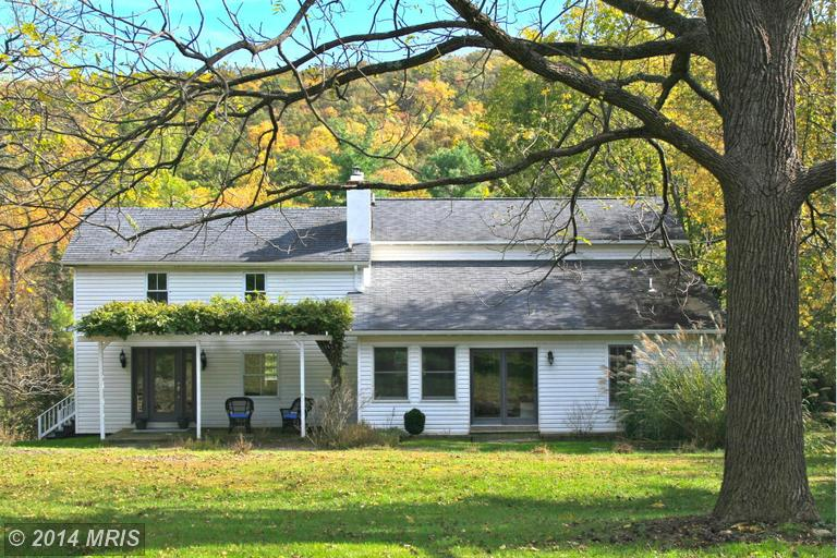 191 Jones Farm Rd, Harpers Ferry, WV 25425