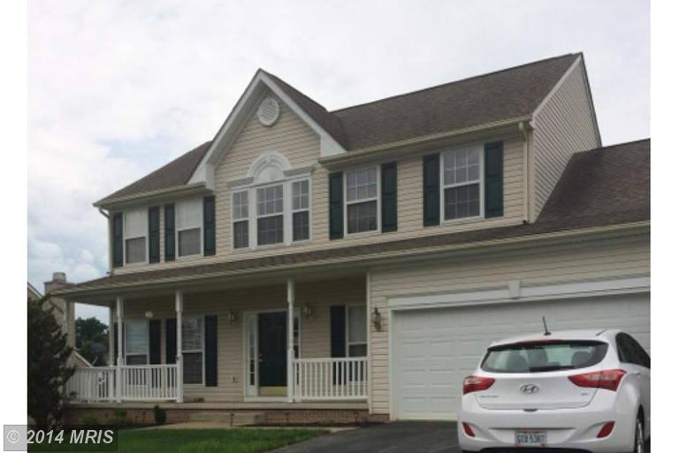 153 Spyglass Hill Dr, Charles Town, WV 25414