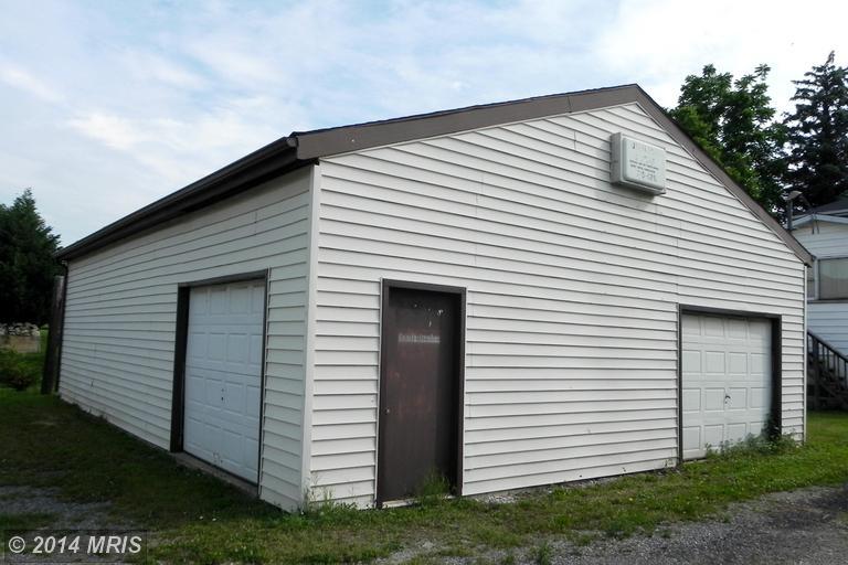 106 S Mildred St, Ranson, WV 25438