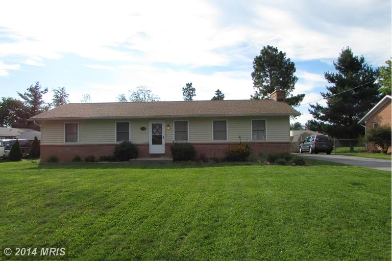 1174 Tuscawilla Dr, Charles Town, WV 25414