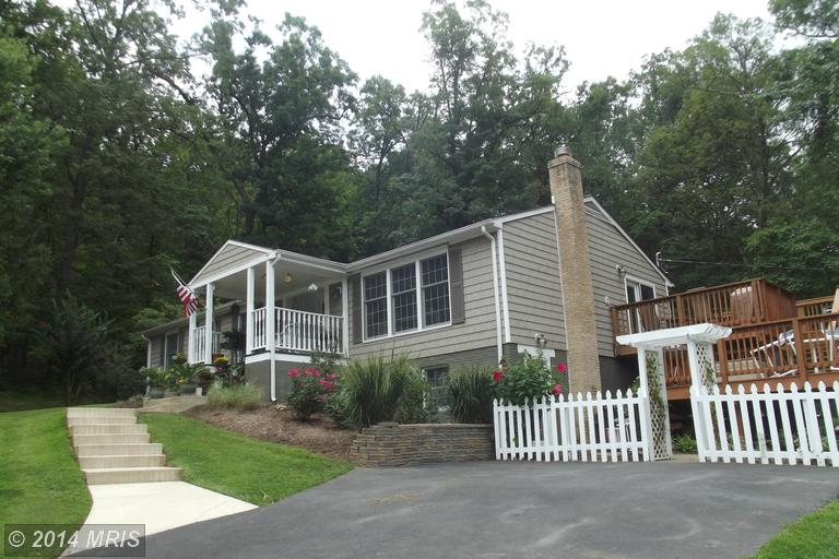 2418 Chestnut Hill Rd, Harpers Ferry, WV 25425