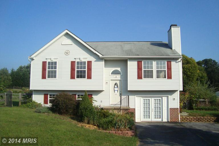 28 Cherrywood Ct, Harpers Ferry, WV 25425