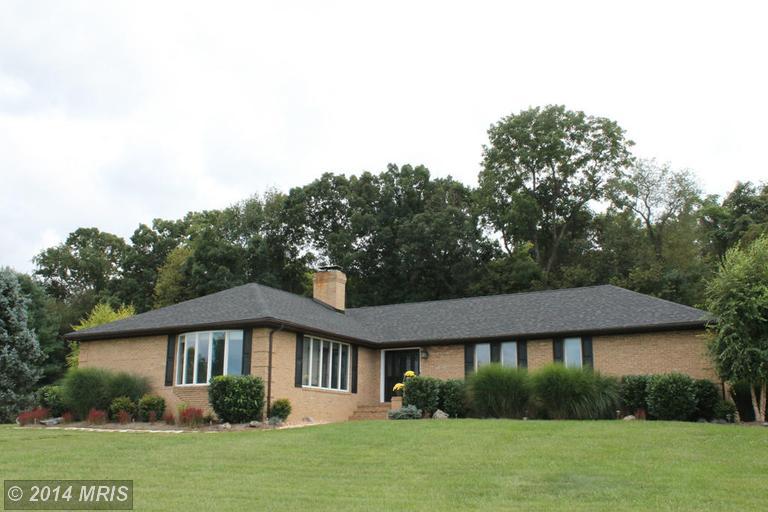 64 Uvilla Estates Dr, Shenandoah Junction, WV 25442