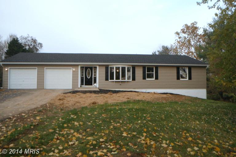 928 King Lear Dr, Charles Town, WV 25414
